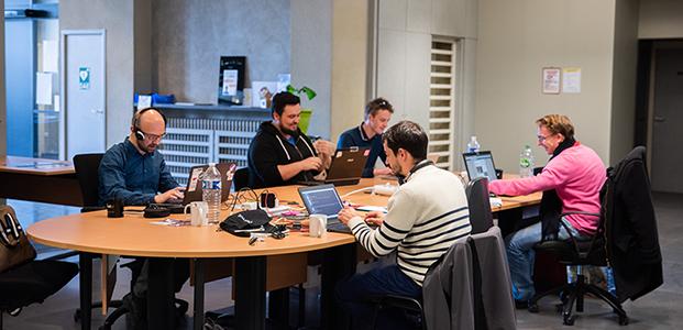 Photo Coworkers Cantine Numérique